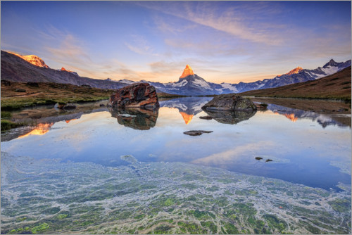 Plakat The Matterhorn is reflected in the Stellisee