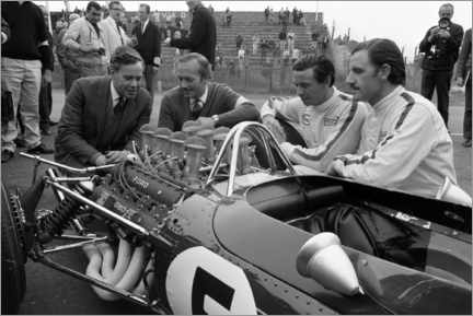 Obraz na płótnie  Keith Duckworth, Colin Chapman, Jim Clark and Graham Hill, Lotus 49 Ford 1967
