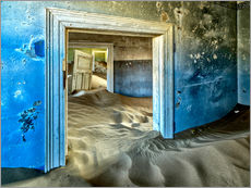 Gallery print  Sand in the premises of an abandoned house - Robert Postma