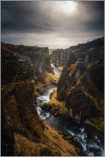 Plakat River leads through a canyon in Iceland