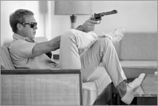 Gallery print  Steve McQueen z rewolwerem - Celebrity Collection