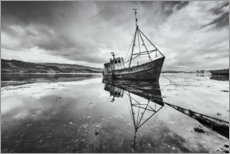 Plakat  Old shipwreck in the mirroring lake - The Wandering Soul