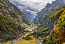 Obraz na szkle akrylowym  Remote valley in the Alps - The Wandering Soul