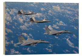 Obraz na drewnie  Two F-15 Eagles and F-22 - HIGH-G Productions
