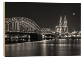 Obraz na drewnie  Cologne Cathedral and Hohenzollern Bridge at night (b / w) - rclassen