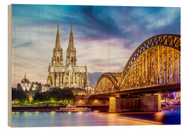 Obraz na drewnie  Lighted Cathedral with Rhine and Bridge, Cologne