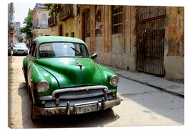 Obraz na płótnie  Vintage car in the streets of Havana, Cuba - HADYPHOTO