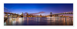 Plakat New York City skyline panorama at night, USA
