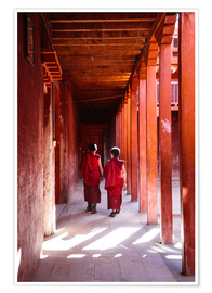 Plakat Two young monks in a monastery, Nepal