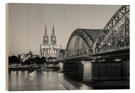 Obraz na drewnie  Cologne at night, black and white - Michael Valjak