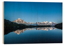 Obraz na drewnie  Mont Blanc reflected in Lacs des Chéserys, France - Roberto Sysa Moiola