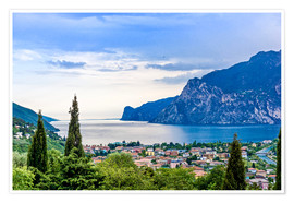 Plakat View of Riva Del Garda and Lake Garda, Italy