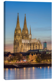 Obraz na płótnie  The Cologne Cathedral in the evening - Michael Valjak